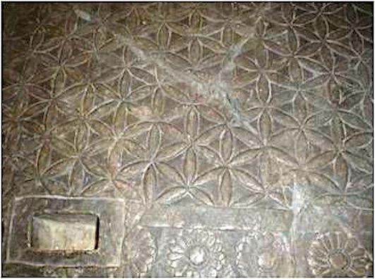 puerta de Ninive museo Louvre