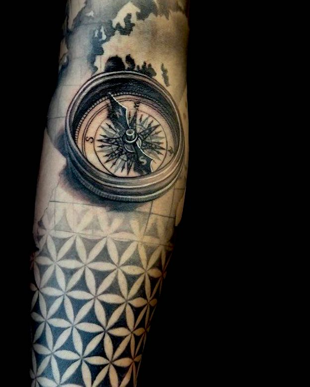 flor de la vida tatuaje hombre
